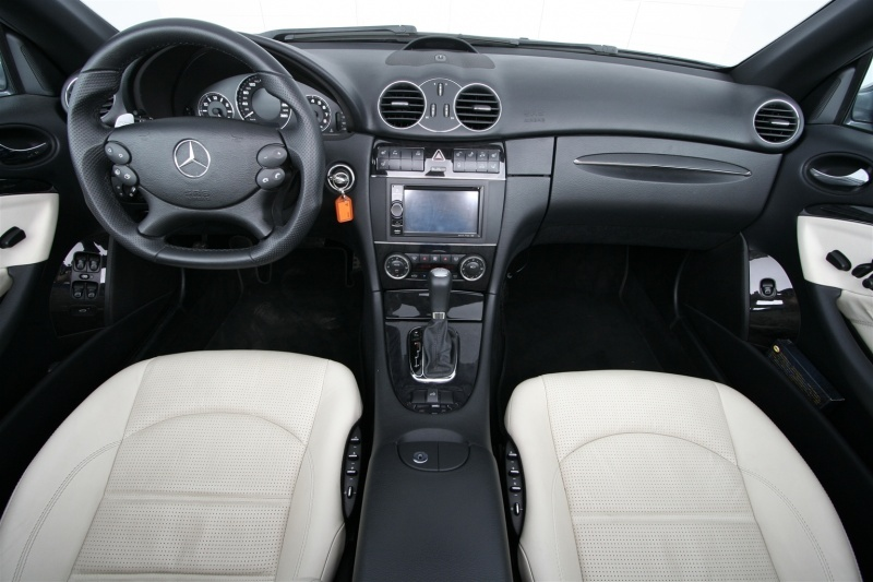 (Mercedes Benz CLK)